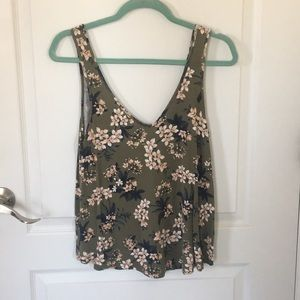 Floral Tank Top: American Eagle